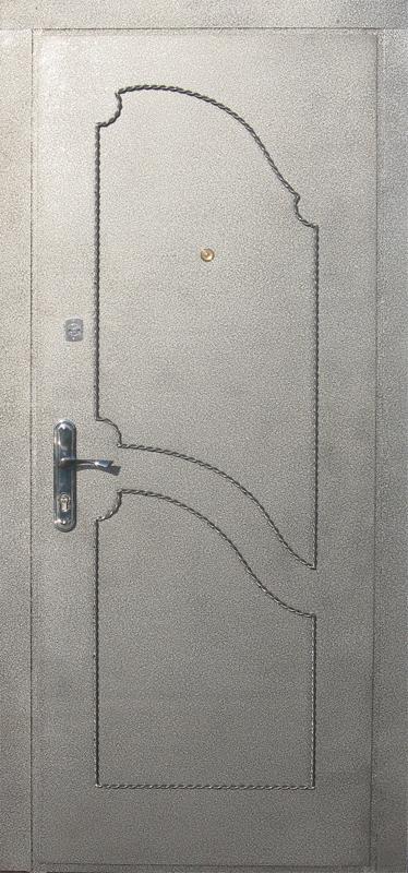 Дверь металлическая с кованными элементами Серебро (внеш. вид)